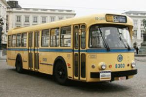Autobus 8303