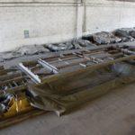 Motrice 984 en rénovation : châssis métallique en très bon état