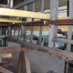 Motrice 984 en rénovation : châssis bois à remplacer